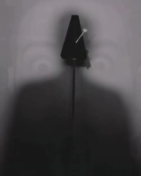Federico Montaresi, Non c'è più tempo / Time is over, 2020, frame di video installazione, in collaborazione con Scerbo.